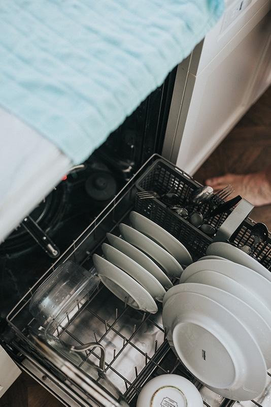I køkkenet og på badeværelset er det især vigtigt at have god ventilation.